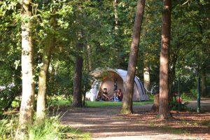 Me de Natuurkampeerkaart kun je op alle terreinen kamperen.